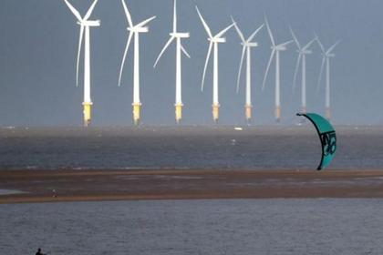 BRITAIN'S RENEWABLE ELECTRICITY 37%